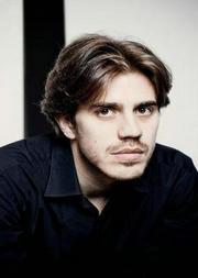 比利时钢琴家尼古拉斯·康德钢琴音乐会
